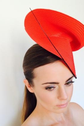 show-pony-valentina-model-look-down-use